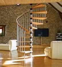 L'escalier hélicoidal, ou escalier en colimaçon